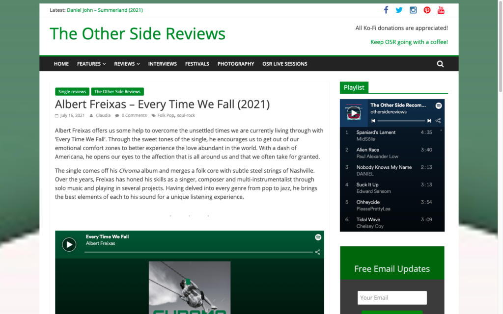 Captura del web The Other Side Reviews parlant del single Every Time We Fall del disc Chroma d'Albert Freixas